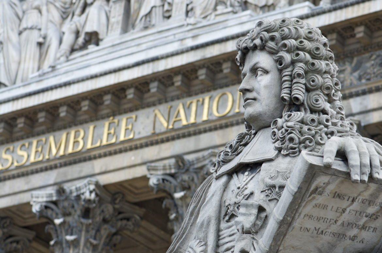L'Assemblée Nationale adopte la réforme du courtage CNCEF Assurance et CNCEF Crédit